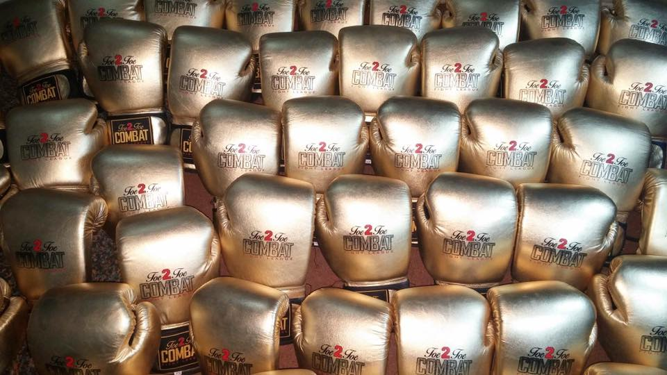 LIMITED EDITION COWHIDE LEATHER GOLD BOXING GLOVES FOR SALE. Toe 2 Toe Combat Fight League (boxing academy)
